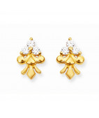 Three Stone Studded Clover Design Gold Casting Stud