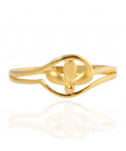 The Trion Leaf Gold Ring