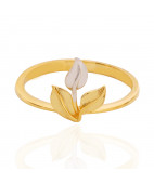 Trio Leaf Gold Ring