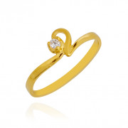 Single Stone Studded Coro Heart Baby Gold Ring