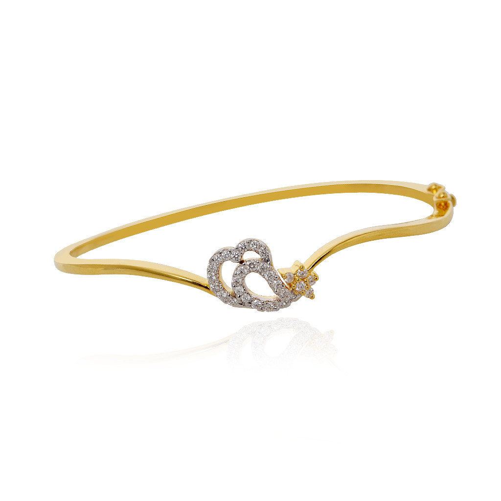 Fancy Diamond Bracelet in 18k Yellow Gold