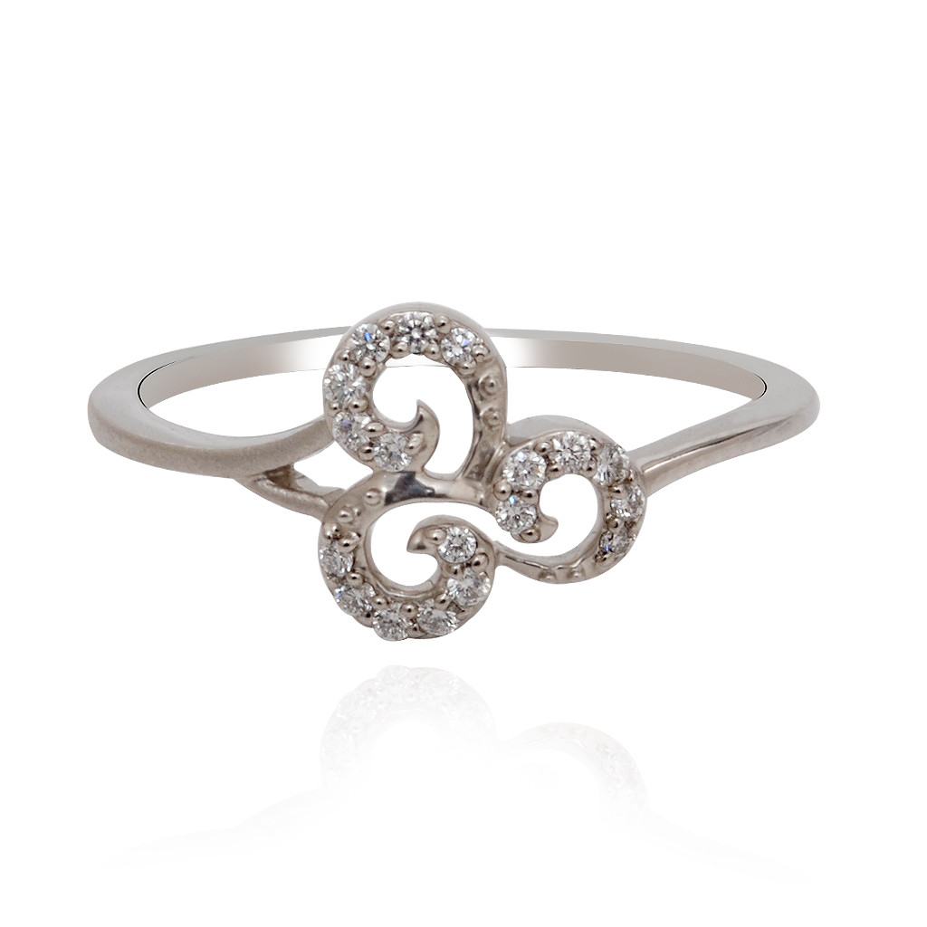 Enchanting Floral Platinum Ring