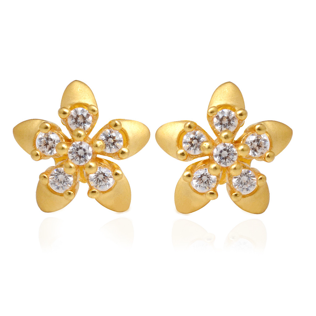 Gold earrings cost ~ beautify themselves with earrings
