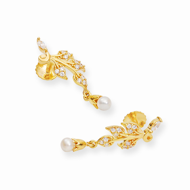 Daisy Leaves Gold Casting Earrings