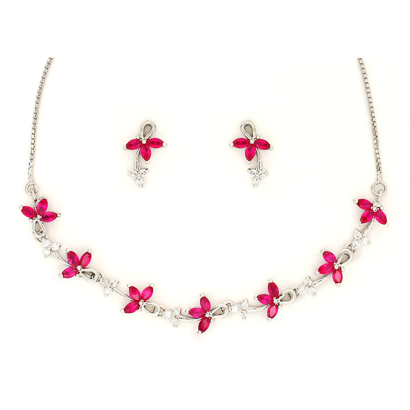 Three Petal Dream flower Necklace with Earring