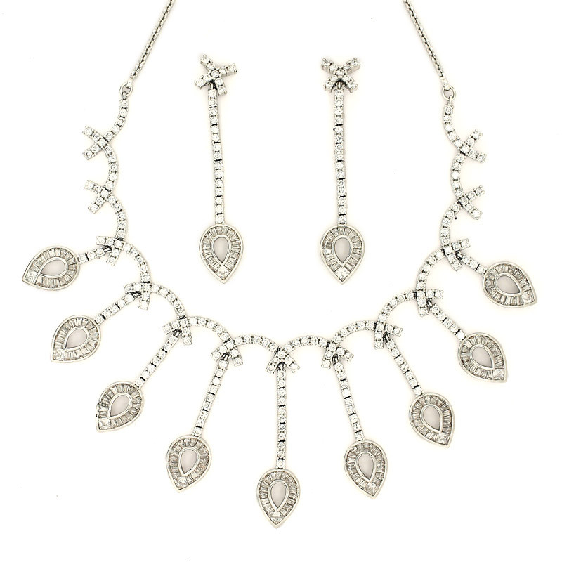 Long Pear Drop Necklaces with Earring