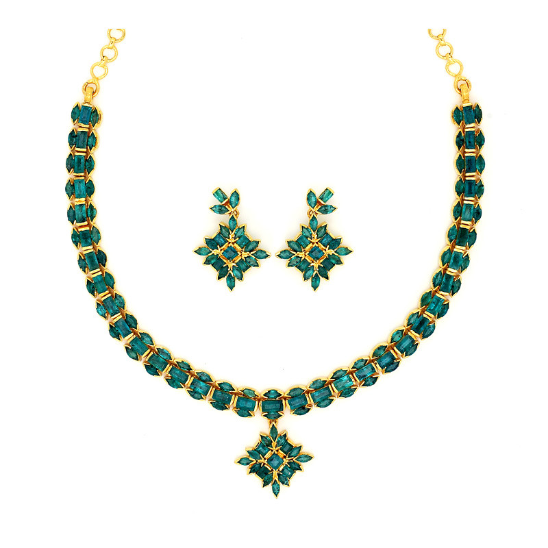 Emerald Traditional South Indian Bridal Emerald Necklace