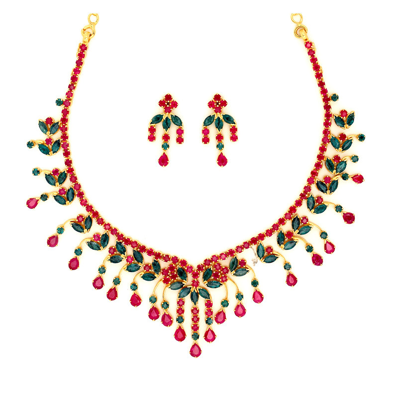 Olive leaf and swirls Ruby and Emerald Necklace Set