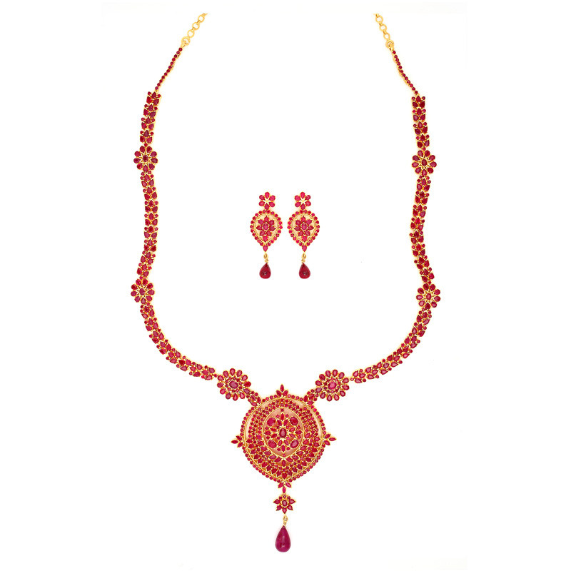 Vibrant and exclusive Ruby Necklace Set with Tear drop