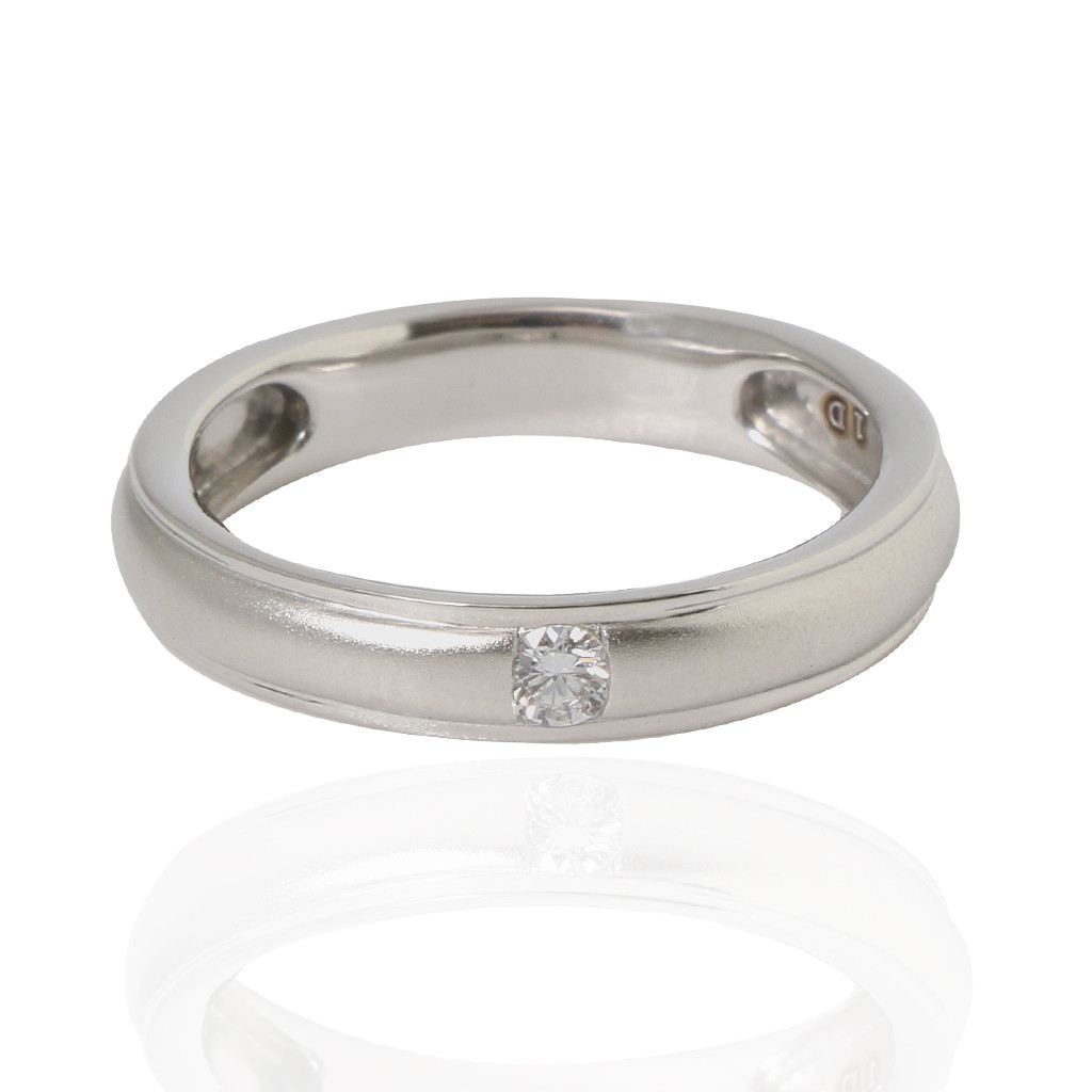 The Diamond Allure Platinum Ring