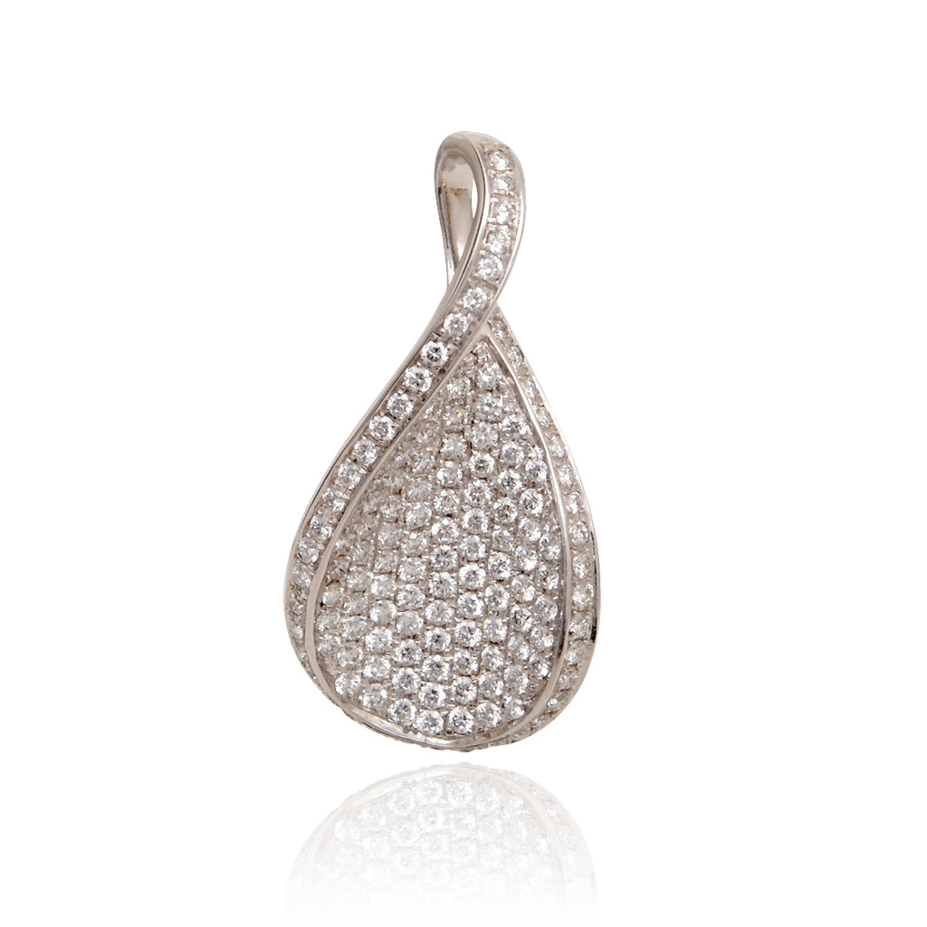 Pear Shape With Pave Setting Diamond Pendant