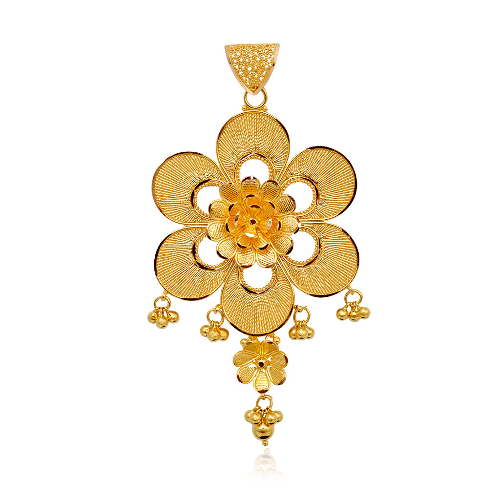 22KT Hanging Flower With Yellow Balls Gold Pendant Set
