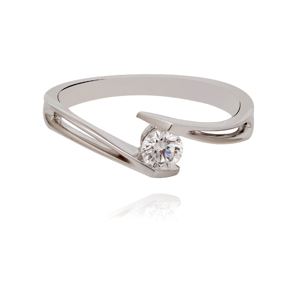 The Ino Diamond ring