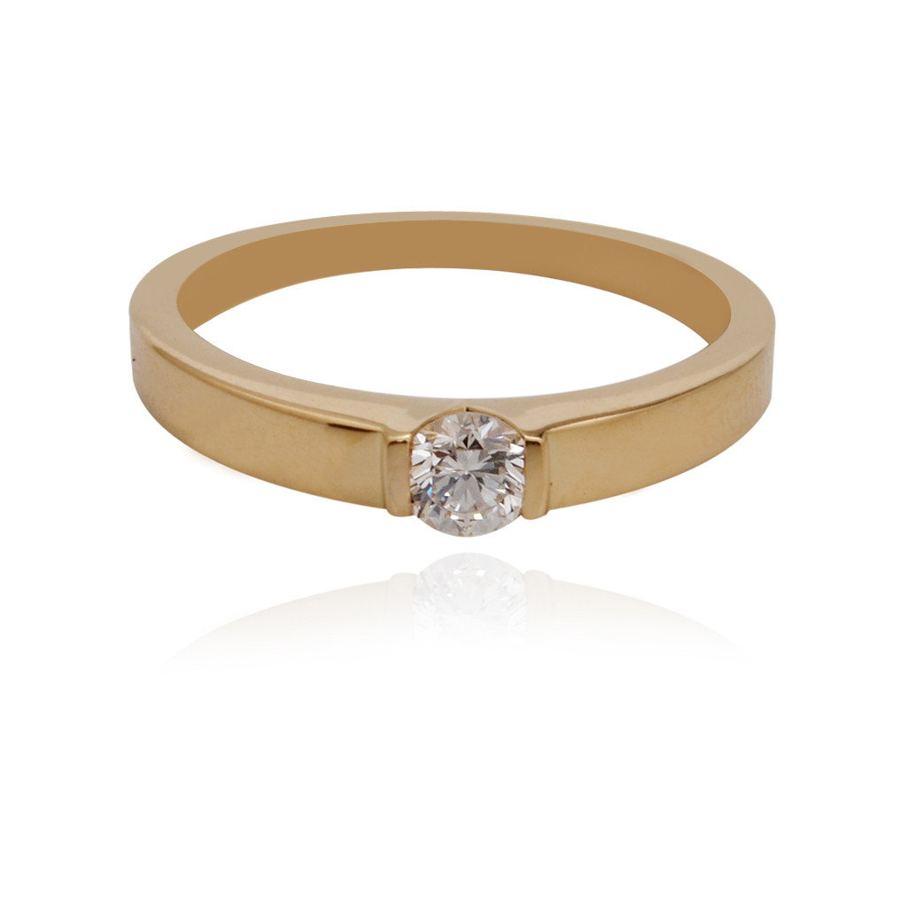 The Clasped Band Diamond ring