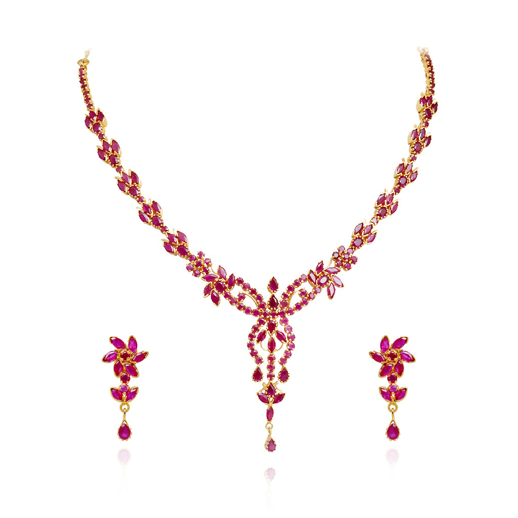 Queen's Delight Ruby Necklace Design