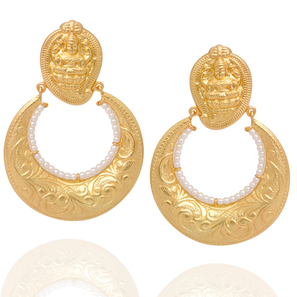 Beautifully Crafted Lakshmi With Pearl link Silver Earrings