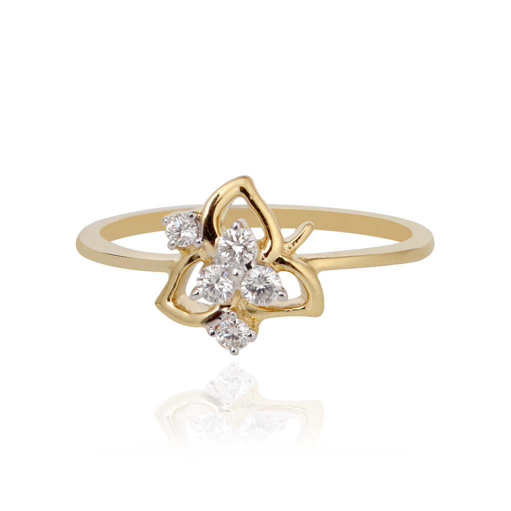 The Sparkling Three Leaf Diamond Ring
