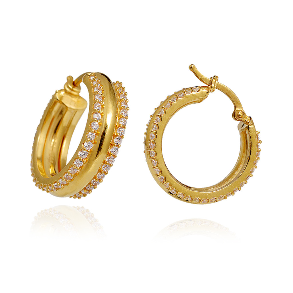 Light Weight Jewellery  22 Kt Yellow Gold Hoop Earring. Layered Engagement Rings. 22k Gold Engagement Rings. Thick Diamond Band. Hand Wound Watches. Bead Bangles. Pretty Rings. Baby Diamond. Tri Color Bands