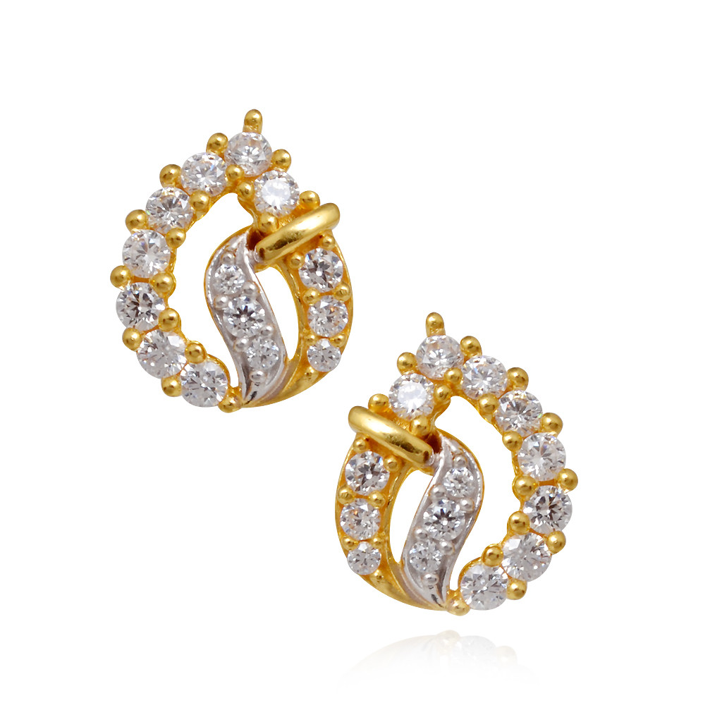 Beautifull Charming Stone Studded Gold Earring