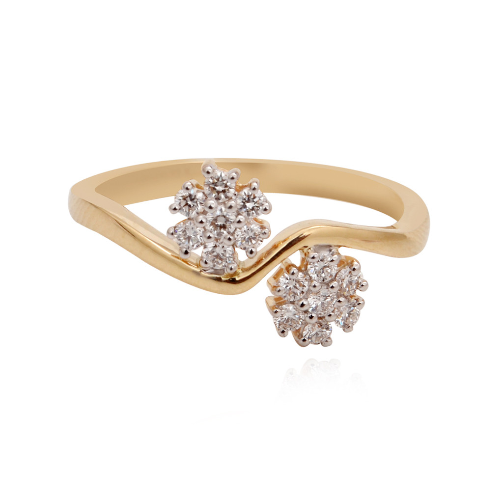 The Double Flower Dreams Diamond ring
