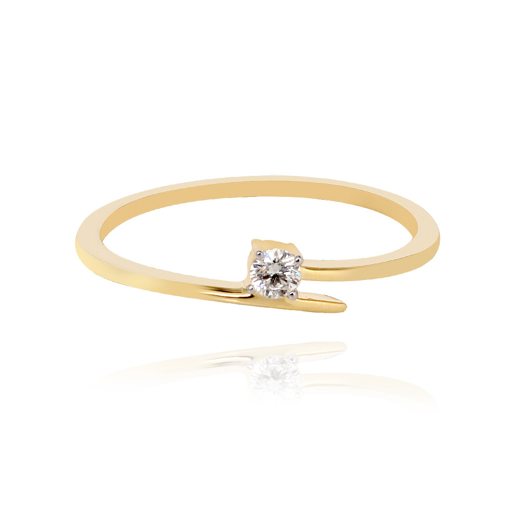 Single Diamond Stone Ring