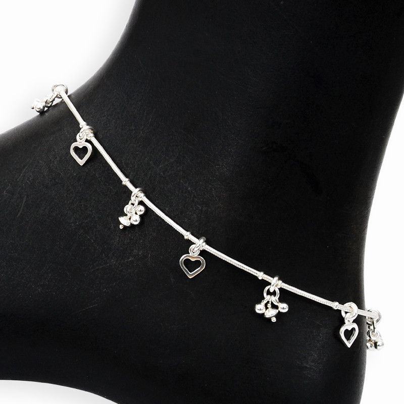 Stunning Silver Anklets With Tine Heart Charms