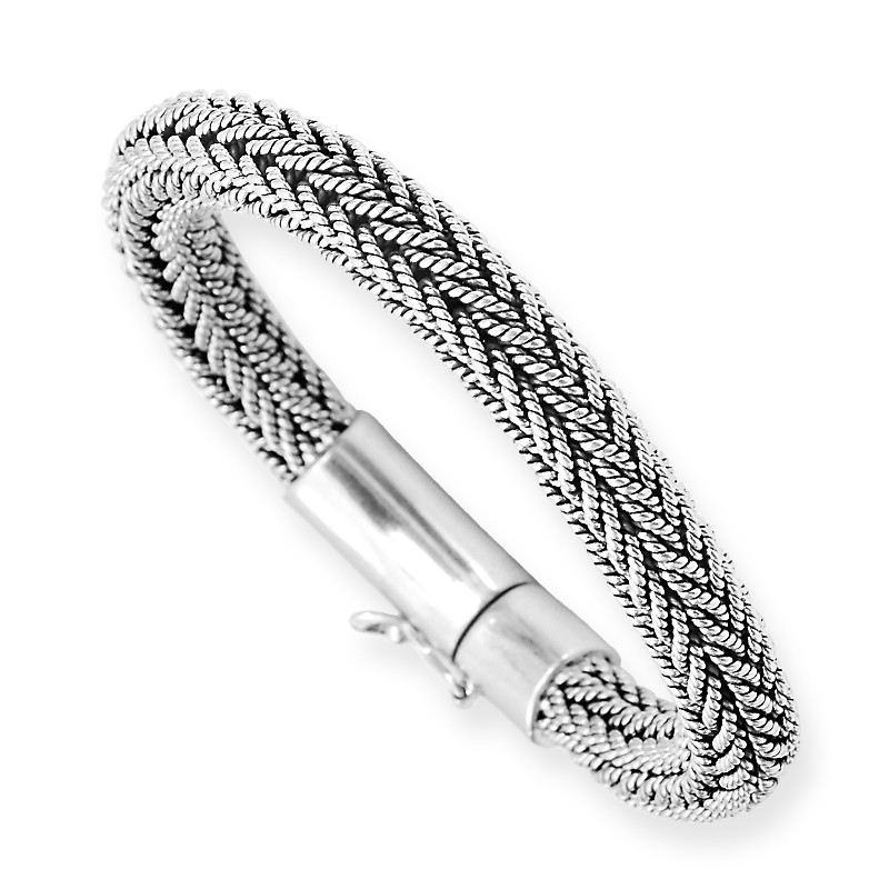 Fashionable Chain Link Oxide Finish Silver Bracelet