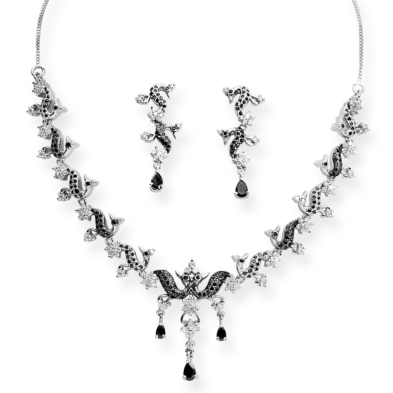 Floral Design Silver Necklace Set
