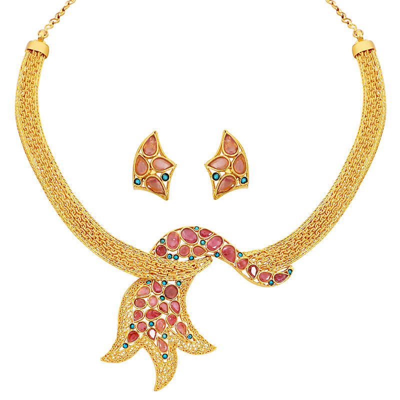 Traditional ornaments in malabar gold