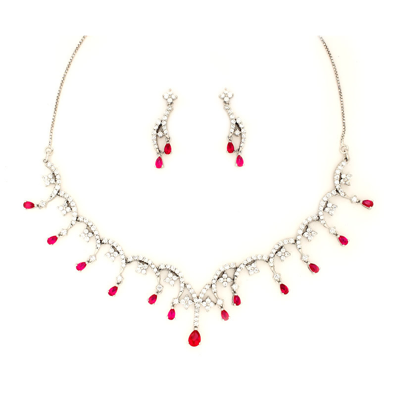 Designer Pear Drop Necklace with Earrings