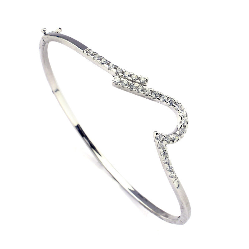 Contemporary Wave Design Silver Bracelet