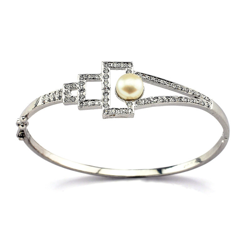 Bangle Type Silver Bracelet with Freshwater Pearl