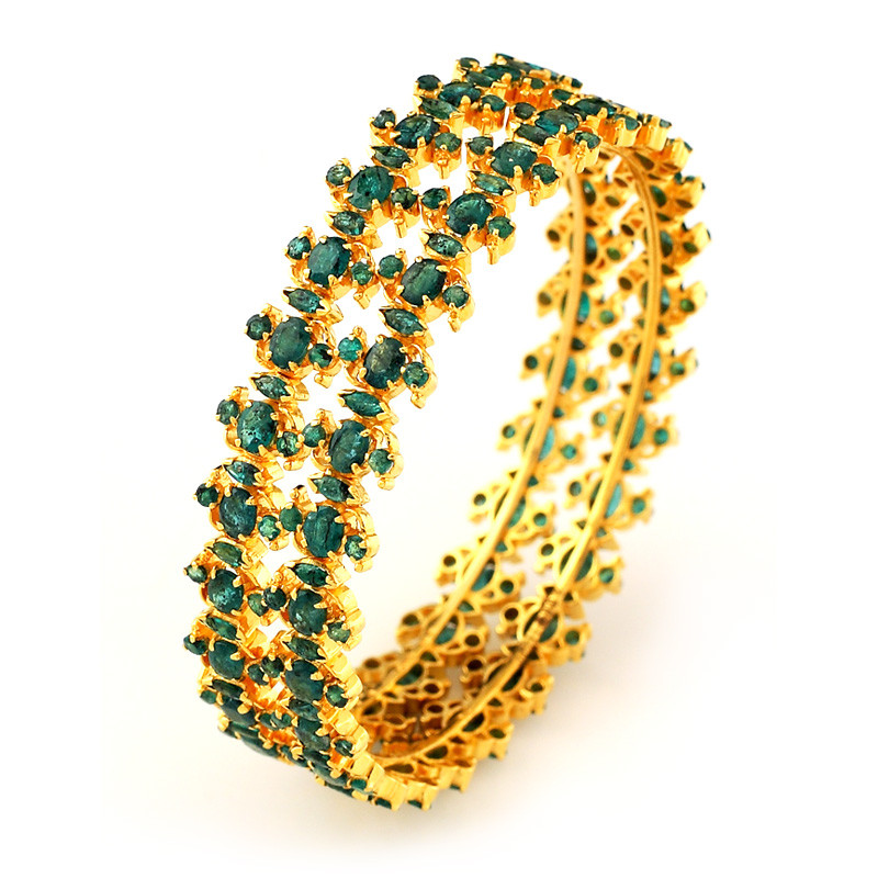 Traditional South Indian Bridal Emerald Bangle