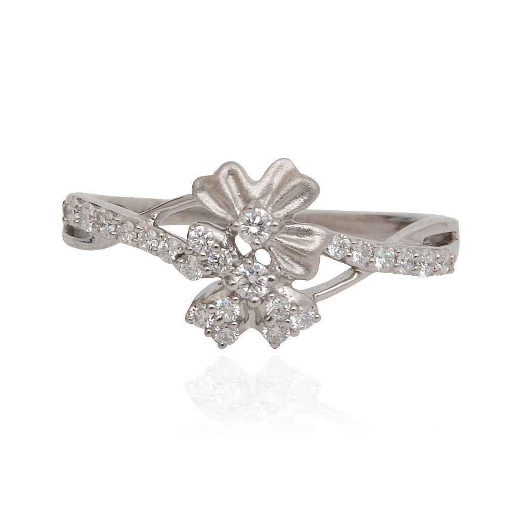 rings floral platinum ring grt jewellers