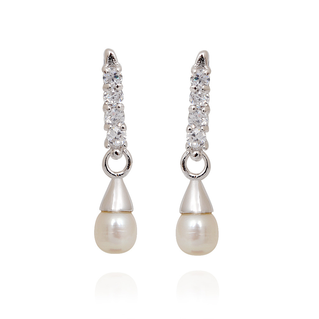 Stylish Hoop Earrings With Pearls