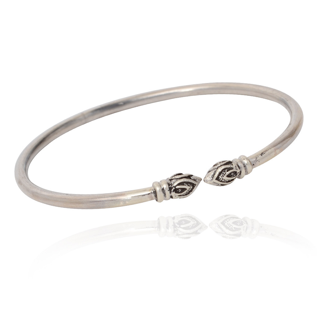 The Willowy Silver Bracelet