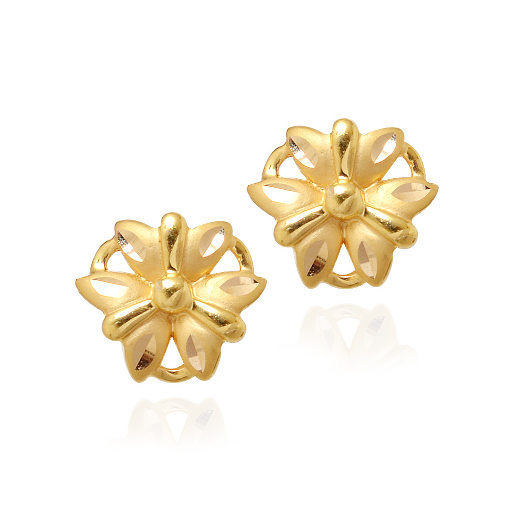 Golden earring for girl ~ beautify themselves with earrings